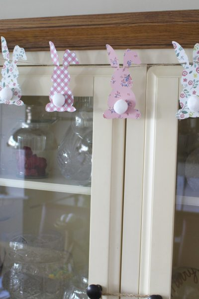 Quick and Easy Bunny Butt Bunting Craft project