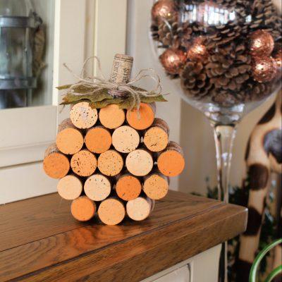 Create a fun pumpkin from old corks