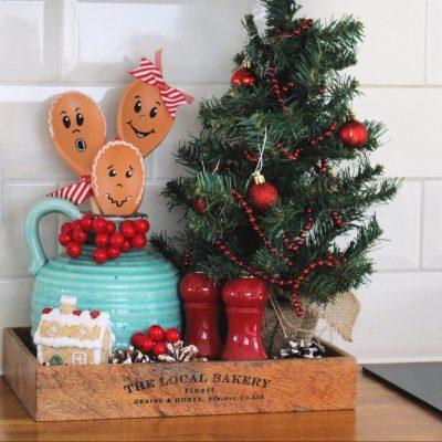 Gingerbread wooden spoon DIY project