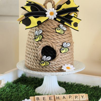 Make a little bee skep with some rope and a plant pot!