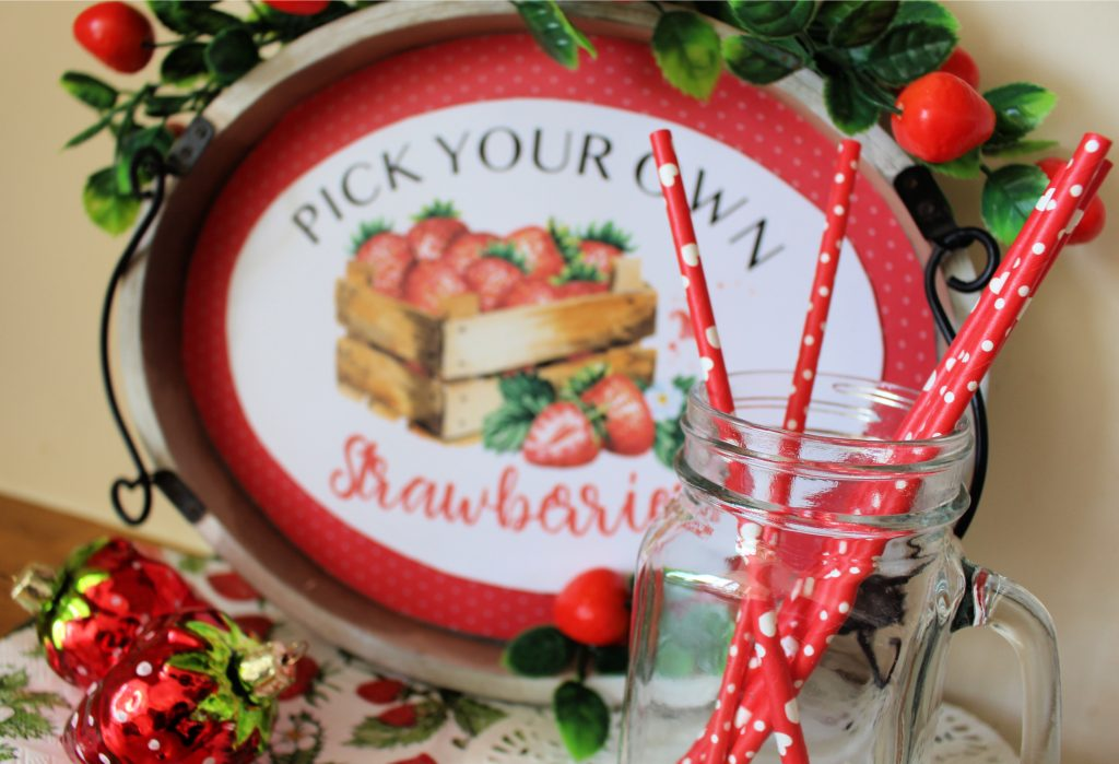 "old tray transformed into a ""Pick your own strawberries"" sign"
