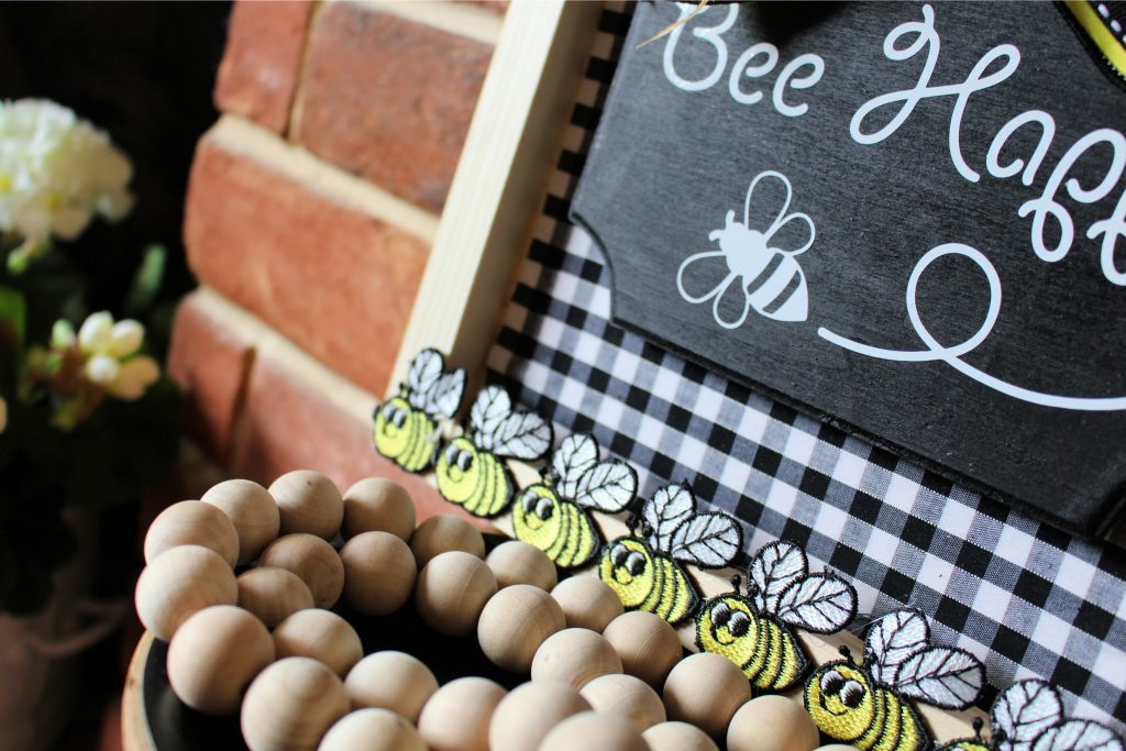 Bee Happy simple craft project
