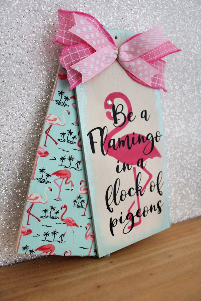 Using Hobbycraft tags to make a Flamingo themed craft project