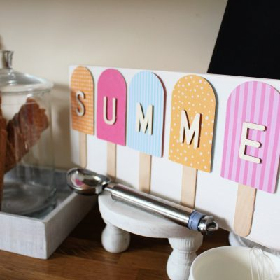 Easy and Budget Summer Ice cream Popsicle sign!