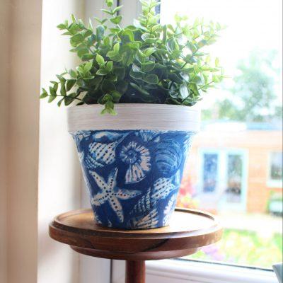 DIY Decoupage terracotta planter using napkins