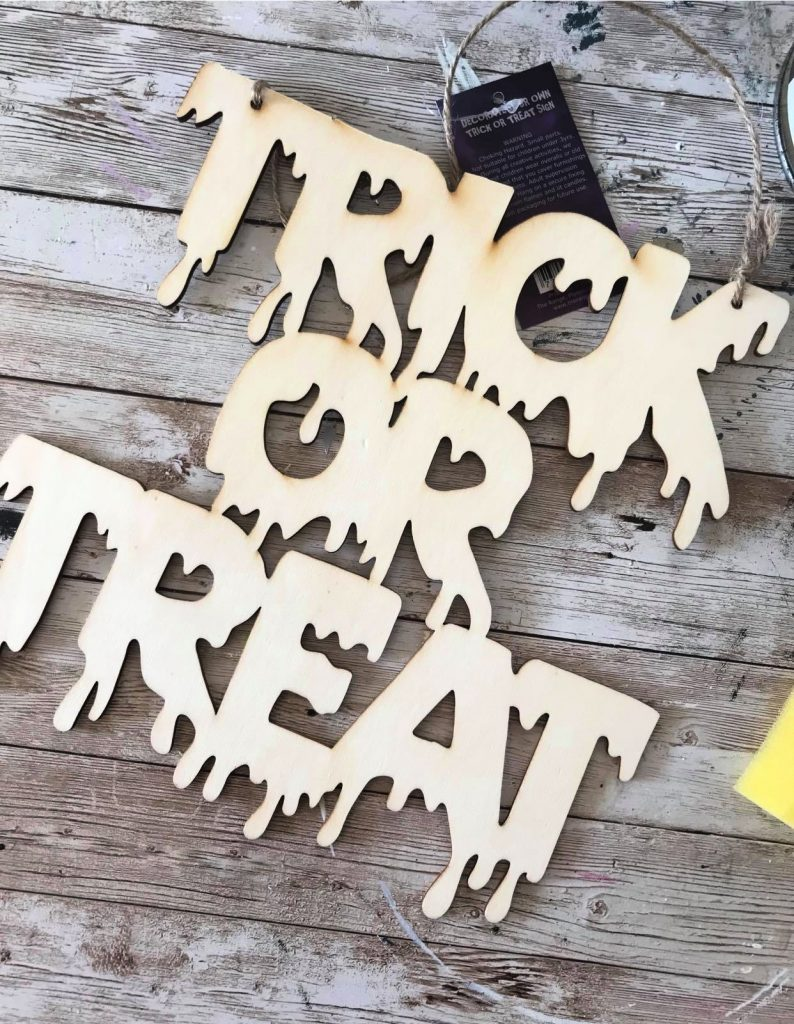 Basic Trick or Treat sign from The Range