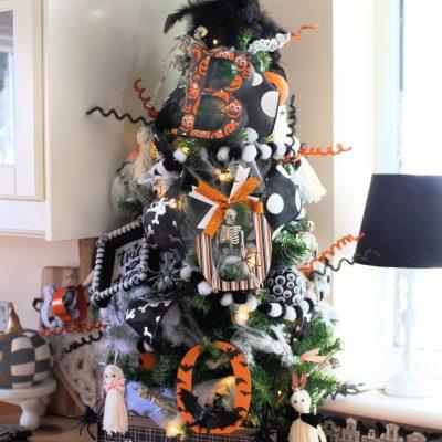 My Halloween tree is up!!